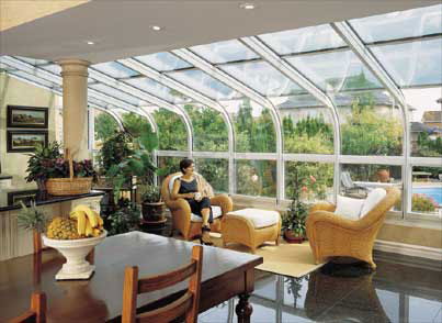 curved sunroom